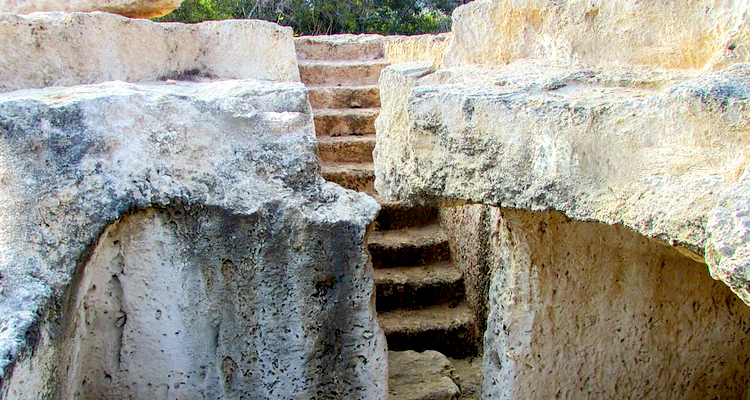 tombs in cyprus