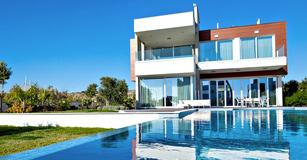 luxury villa cyprus